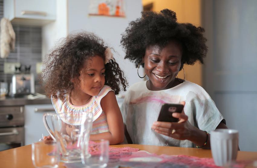 Riesgos-de-que-los-niños-usen-mucho-las-nuevas-tecnologías
