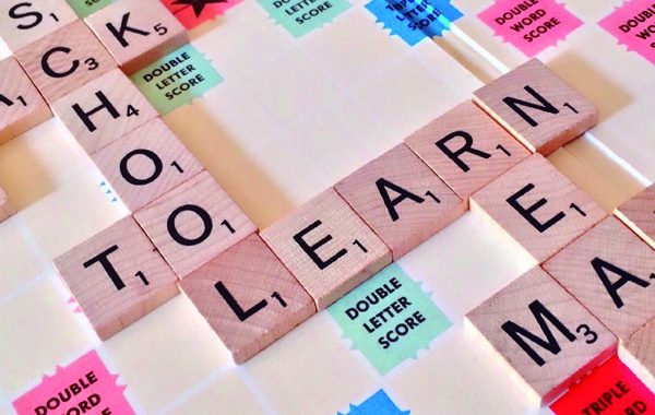 Como-criar-a-niños-bilingues